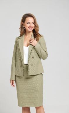 Suit SandyNA 130504
