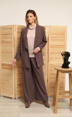 Suit AmberA 152