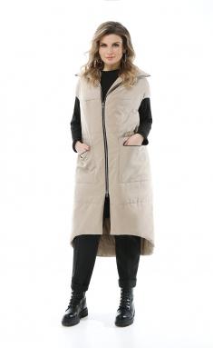 Raincoat Pretty 1931-1
