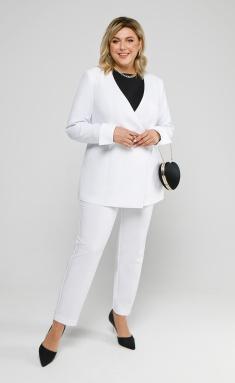 Suit Pretty 2027