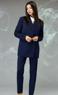 Suit Angelina & Company 596s