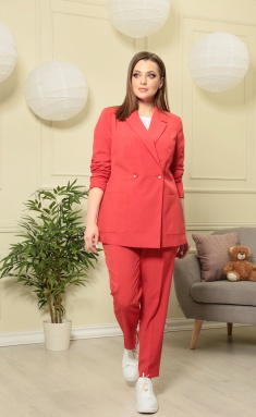 Suit Anastasia MAK 603 kr