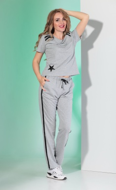 Suit Angelina & Company 375